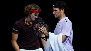 Menangi Duel Beda Generasi, Federer Maju ke Semifinal