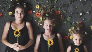 Bikin Foto Kompakan Bisa Jadi Cara Asyik Bonding dengan Anak Lho
