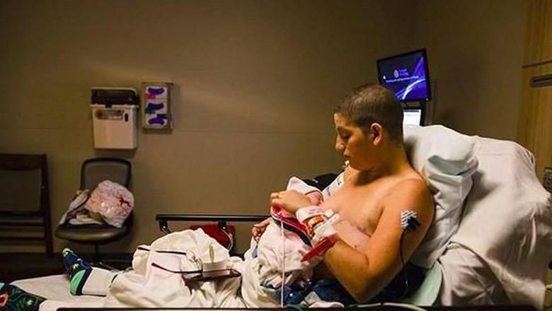 Maria Crider, ibu yang didiagnosis kanker payudara saat hamil (Foto: Instagram/ @bonniehusseybirthphotography)