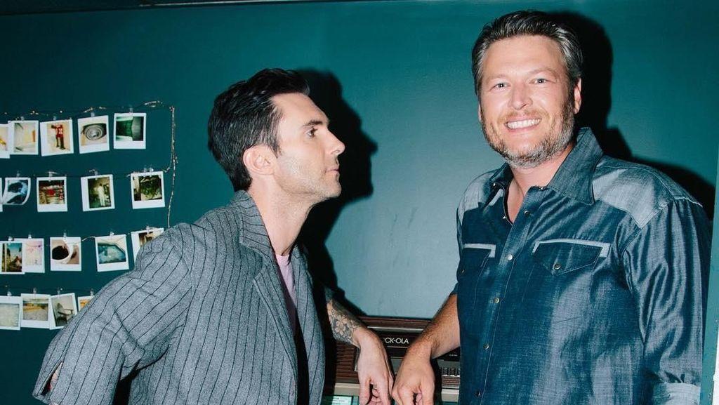 Ditinggal Adam Levine, Blake Shelton Merasa Kehilangan