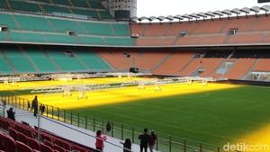 Foto: Fans AC Milan dan Inter Milan Wajib ke Sini, Wajib!