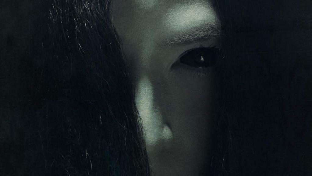 Hiii! Seramnya Teaser Poster Film Nini Thowok