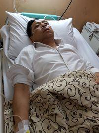 Foto lainnya saat Setya Novanto dirawat di RS Medika Permata Hijau yang beredar.