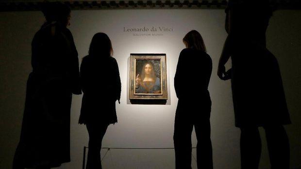 Lukisan Leonardo da Vinci bernama Salvator Mundi di rumah lelang Christie, New York