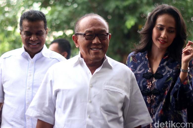 Surat Masuk ke DPR soal Kursi Ketua: Dari Novanto hingga Ical