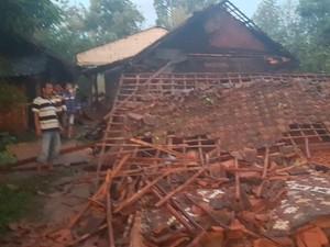 240 Rumah Tersapu Puting Beliung di Serang, 1 Tewas Tersambar Petir