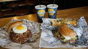 """Lawless Burgerbar: Makan """"The Lemmy"""" Burger Berporsi Besar di Kafe Tanpa Aturan"""
