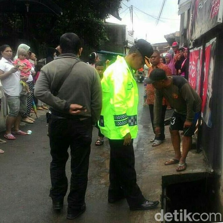 Tim Gabungan Cari Bocah Terseret Arus Selokan di Bandung