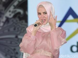Isu Pernikahan Vicky Prasetyo dengan Angel Lelga Kedok untuk Luncurkan Single?