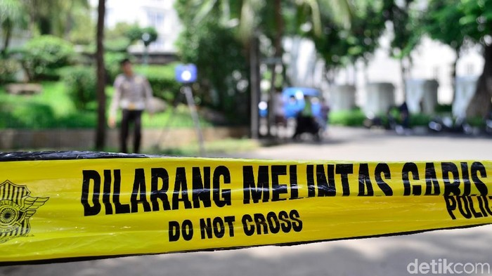Garis Polisi atau polisi line