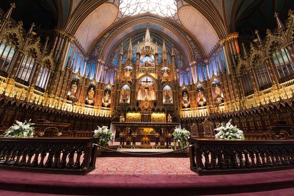 Secara teknis, Gereja Katedral Notre Dame memiliki panjang 130 meter, lebar 48 meter dan tinggi 35 meter (Thinkstock)