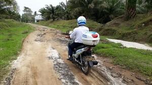 Di Simalungun, Polisi Antar BPKB ke Warga Pakai Gojek