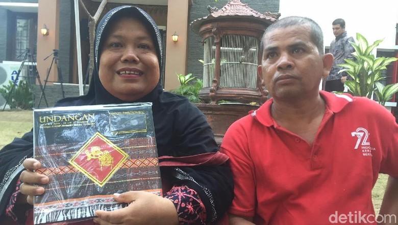 Diundang Acara Adat Kahiyang-Bobby, Ibu di Medan Ini Senang