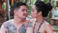 Ada beberapa foto, ini salah satunya yang menuai banyak pujian. Mereka disebut pasangan yang cocok oleh netizen. Foto: dok Instagram
