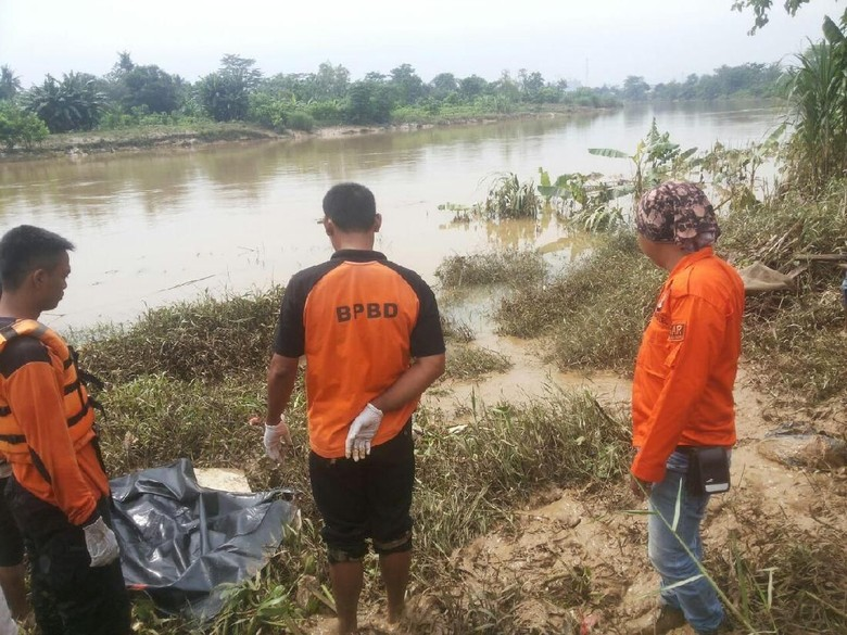 Dari Jejak Kaki, Bocah Jacko Ditemukan Tewas Mengambang di Citarum