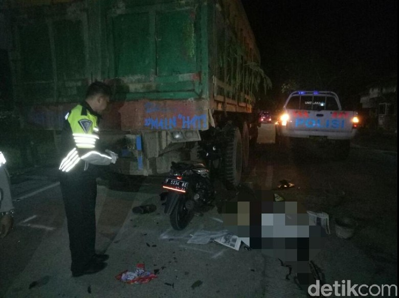 Tabrak Truk Tronton Mogok, Polisi di Sukabumi Tewas