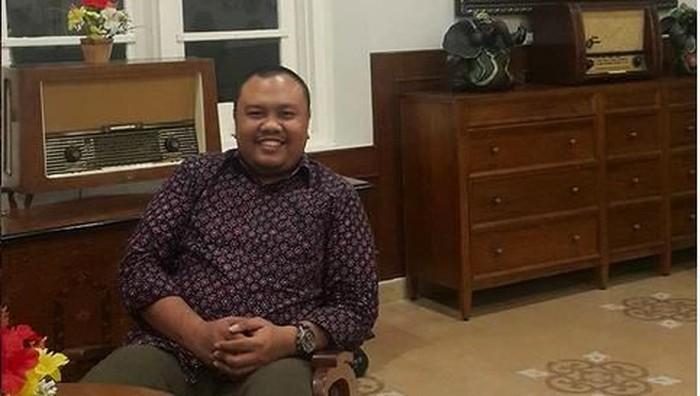 Pengamat komunikasi politik dari Lembaga Surve KedaiKOPI, Hendri Satrio.