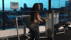 Sempat buat heboh masyarakat usai melabrak Jennifer Dunn, netizen dibuat gagal fokus dengan bentuk tubuh Shafa yang disebut sebagai body goals. Ini rahasianya.