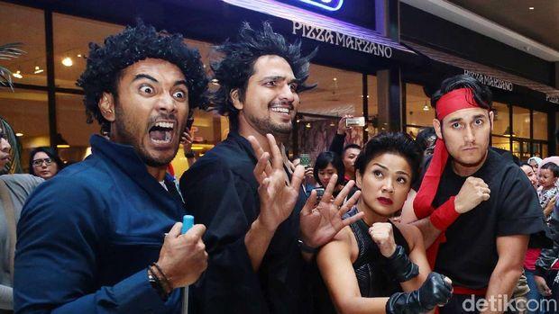 Para pemain film '5 Cowok Jagoan' di Kota Kasablanka.