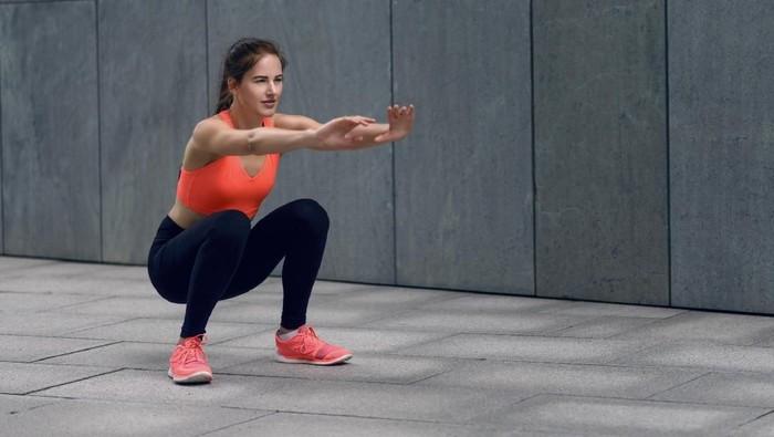Ilustrasi squat. (Foto: thinkstock)