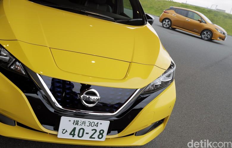 Mobil listrik Nissan Leaf. Foto: Dikhy Sasra