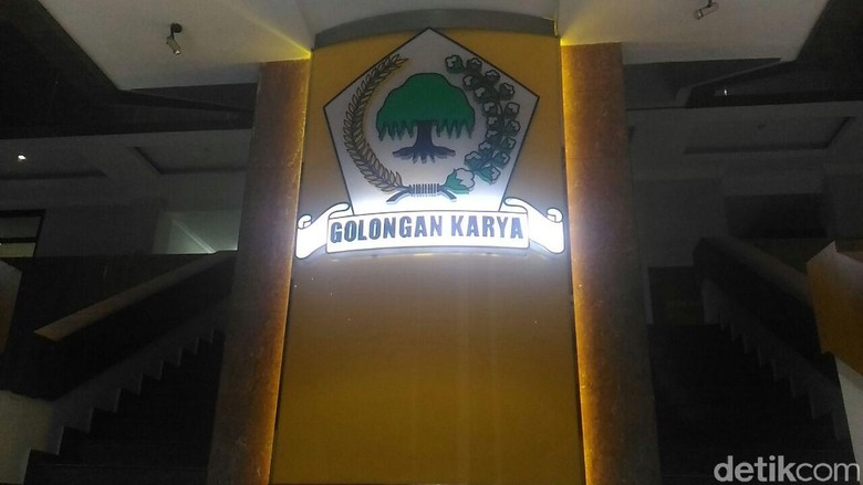 Dakwaan Setya Novanto Dibacakan, Desakan Munaslub Golkar Menggema
