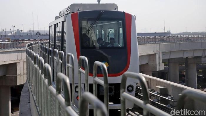 Skytrain Bandara Soekarno-Hatta telah beroperasi. Perpindahan traveler dari Terminal 1 hingga Terminal 3 pun jadi lebih mudah.