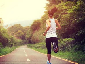 4 Olahraga yang Dianjurkan Dokter Kandungan untuk Kurangi Nyeri Saat Haid
