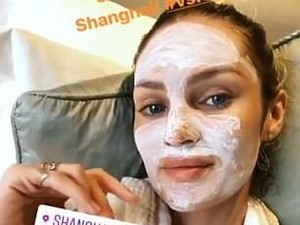 Intip Ritual Masker Para Model Victorias Secret Sebelum Fashion Show