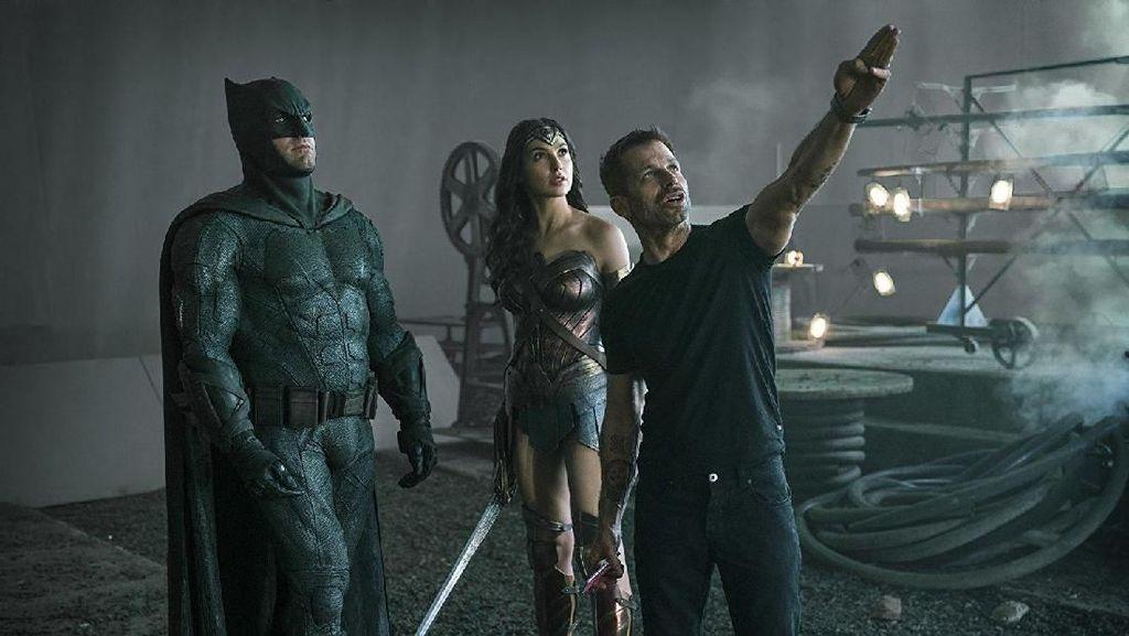Justice League Snyder Cut Akhirnya Bakal Rilis, Zack Snyder Lega