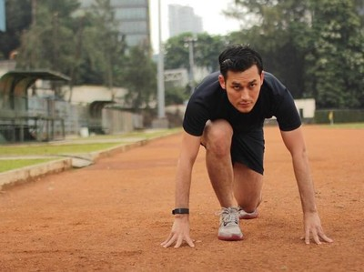 Keren Habis! Intip Gaya Hidup Sehat Aktor Arifin Putra