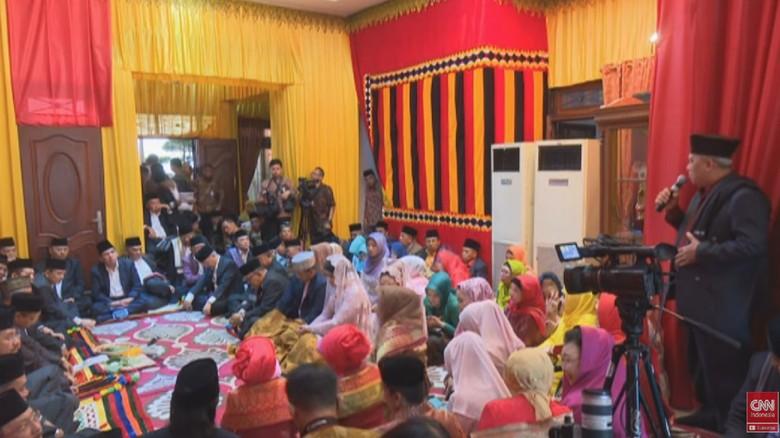 Momen Sakral Kahiyang Putri Jokowi Resmi Jadi Boru Siregar