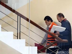 Setya Novanto: Ditahan, Tidur Terus tapi Menolak Dicopot