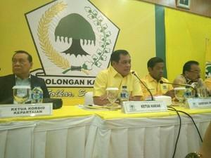 Dipimpin Nurdin Halid, Pleno Golkar Soal Nasib Novanto Dimulai