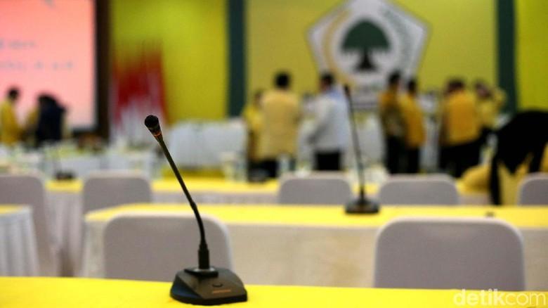 Bursa Pilgub Sultra di Bawah Bayang-bayang Kasus Ridwan Kamil