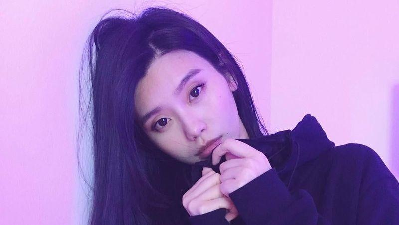 Inilah Ming Xi, model cantik Victoria Secret yang berasal dari China. Ming Xi jadi salah satu model yang disorot saat pagelaran Fashion Show Victoria Secret yang digelar di kampung halamannya di Shanghai, China. (@mingxi11/Instagram)