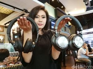 4 Headphone Audio Technica Tiba di Indonesia