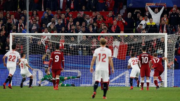 Liverpool kalah 1-3 dari Sevilla di final Liga Europa 2015/2016.