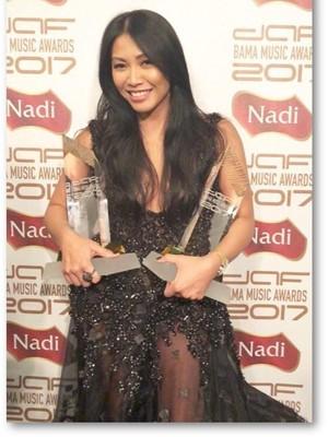 Lagu Anggun Kalahkan Havana Camila Cabello di Chart Billboard
