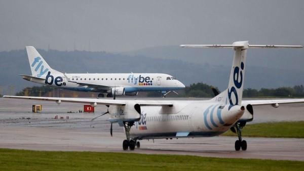 Maskapai Inggris, flybe juga mengajukan diri bangkrut pada tanggal 5 Maret lalu. Maskapai ini mengoperasikan 40% penerbangan domestik di Inggris. (Reuters)