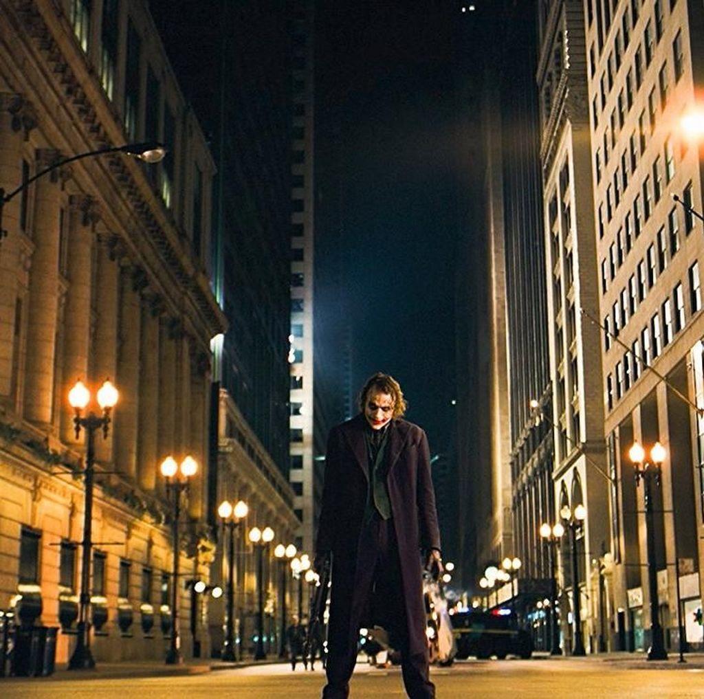 Relevansi The Dark Knight dengan Kondisi Sosial Politik Saat Ini