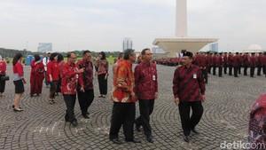 Alumni Hingga Anggota DK OJK Kumpul di Monas Rayakan Hari Jadi