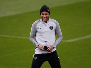 Gaya Hidup Neymar Dikritik, Emery Membela