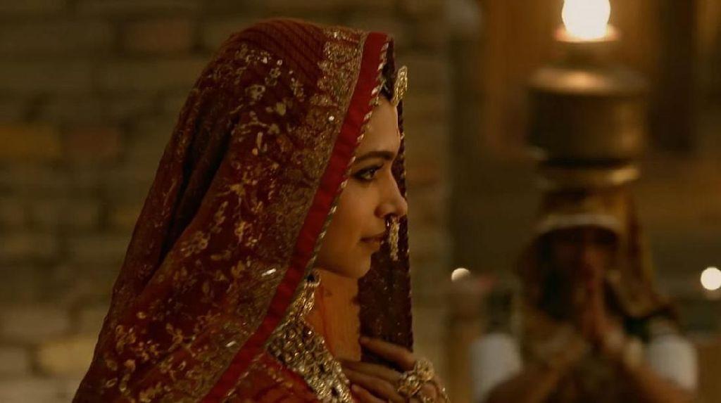 Penemuan Mayat Digantung Menambah Teror Kelam Kontroversi Film Padmavati