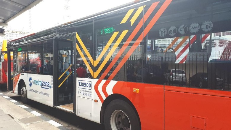 TransJ Lakukan Uji Coba Bus Metrotrans Rute Harmoni-Senayan Gratis