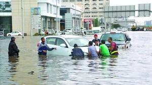 Banjir Bandang Tewaskan 4 Orang di Arab Saudi, Jeddah Lumpuh