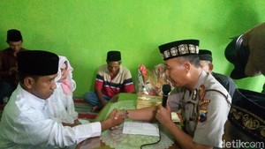 Pasangan Mesum di Masjid Jepara Akhirnya Dinikahkan di Mapolsek