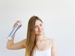 Hati-hati Simpan Dry Shampoo, Salah Tempat Bisa Meledak