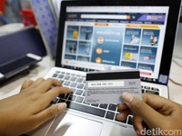 Belanja Online dari Luar Negeri di Atas Rp 1 Juta Kena Pajak