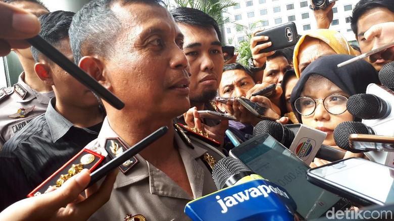 Kasus Terobos Busway, Dirlantas Akui Anggotanya Kawal Dewi Persik